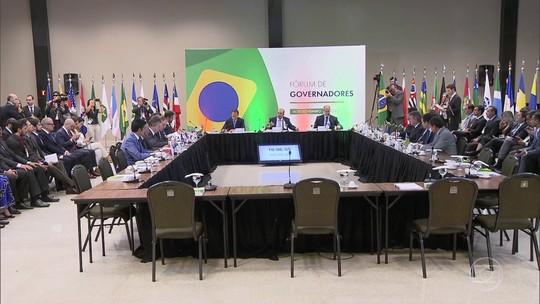 A governadores eleitos, Bolsonaro defende aprovação de medidas 'um pouco amargas' no Congresso