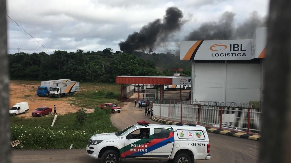 Área onde aeronave caiu em Manaus (Foto: Orlando Jr./Rede Amazônica)