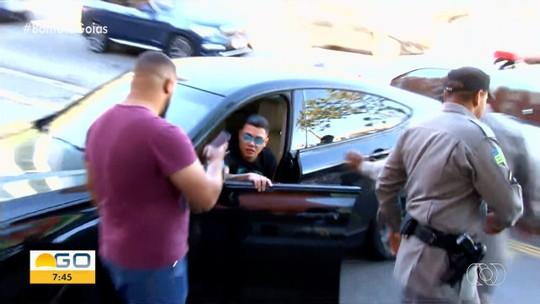 Felipe Araújo nega que dormiu ao volante e diz que passou mal ao ir comprar pamonha
