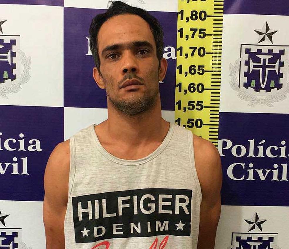 Homem é preso na Bahia suspeito de solicitar cartões de créditos sem limites com dados de empresários (Foto: Divulgação/Polícia Civil)
