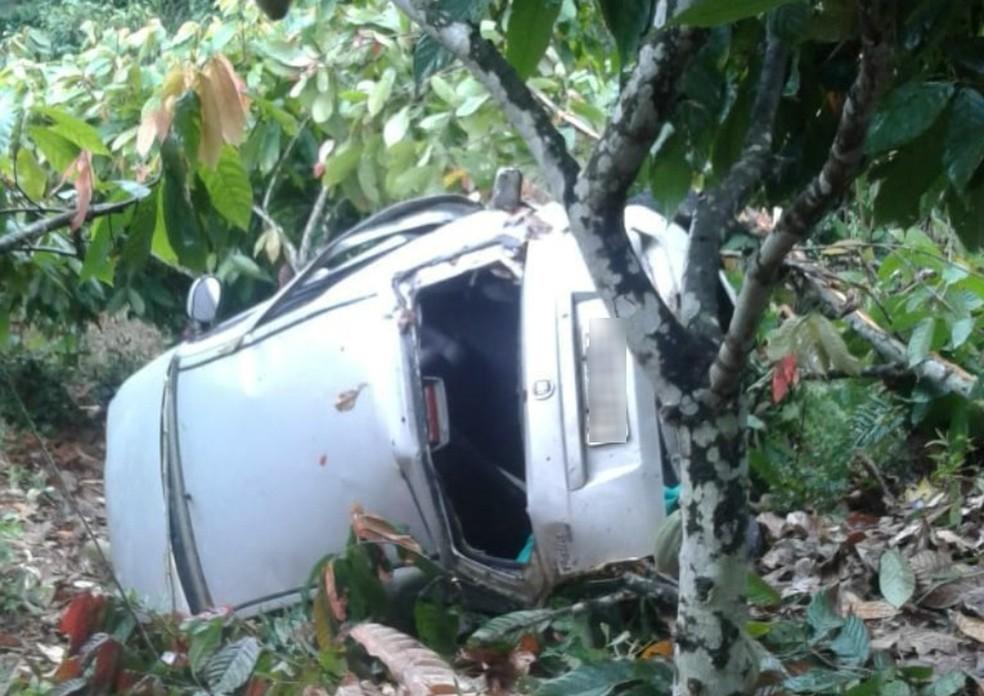 Líder indígena morre em acidente de carro na BR-101 — Foto: Reprodução/Site Radar 64