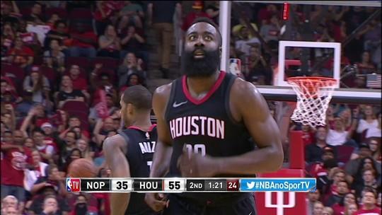James Harden acerta duas de muito longe na sequência. Pelicans 37 x 58 Rockets