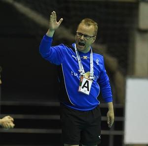 Claus Hansen, técnico da Dinamarca (Foto: Eugênio Sávio)
