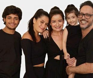 Lucia Mauro Filho e a família   André Wanderley