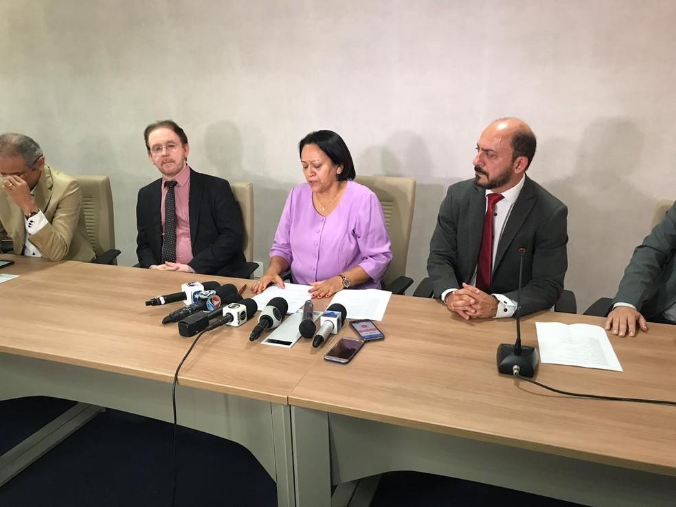 Fátima Bezerra (PT) anunciou primeiras ações à frente do governo do estado, após reunião no dia 2 de janeiro — Foto: Kleber Teixeira/Inter TV Cabugi