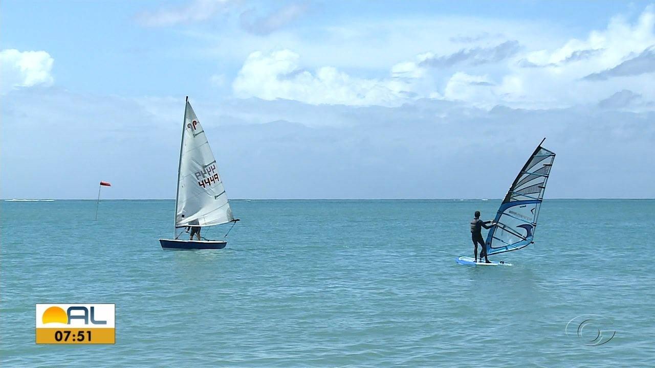 Windsurf é alternativa de prática esportiva ao ar livre durante a pandemia