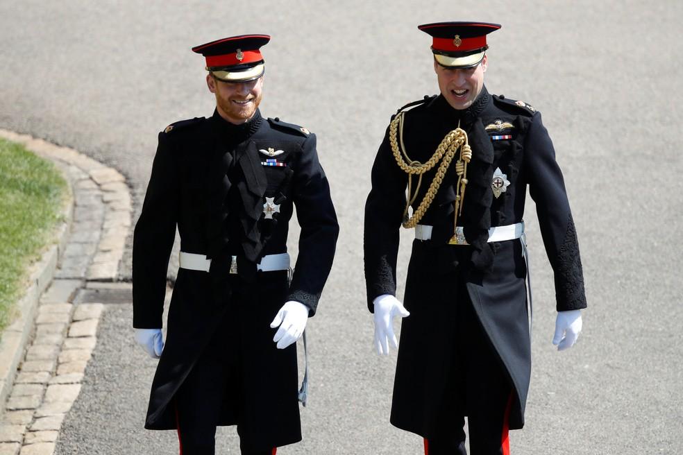 Príncipe Harry e príncipe William chegam ao casamento  (Foto: Odd Andersen/Pool via Reuters)
