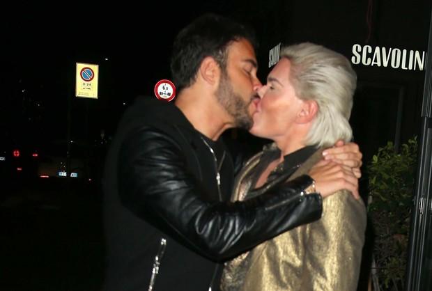 Giacomo Urtis e Rodrigo Alves, o Ken Humano (Foto: Backgrid)