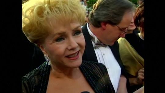 Atriz Debbie Reynolds morre 24 horas depois da filha Carrie Fisher