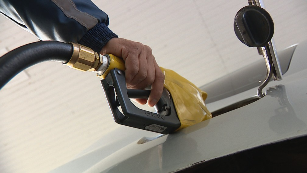 Bagé tem a gasolina mais cara do Rio Grande do Sul — Foto: Reprodução/RBS TV