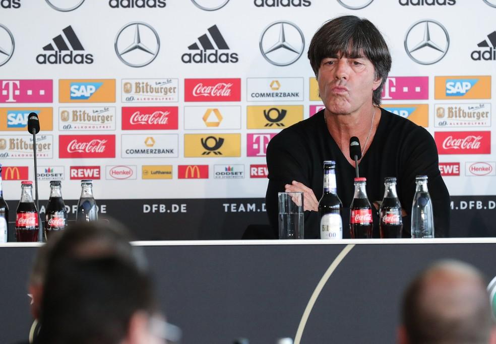 Joachim Löw durante entrevista coletiva da seleção da Alemanha (Foto: EFE/EPA/ARMANDO BABANI)