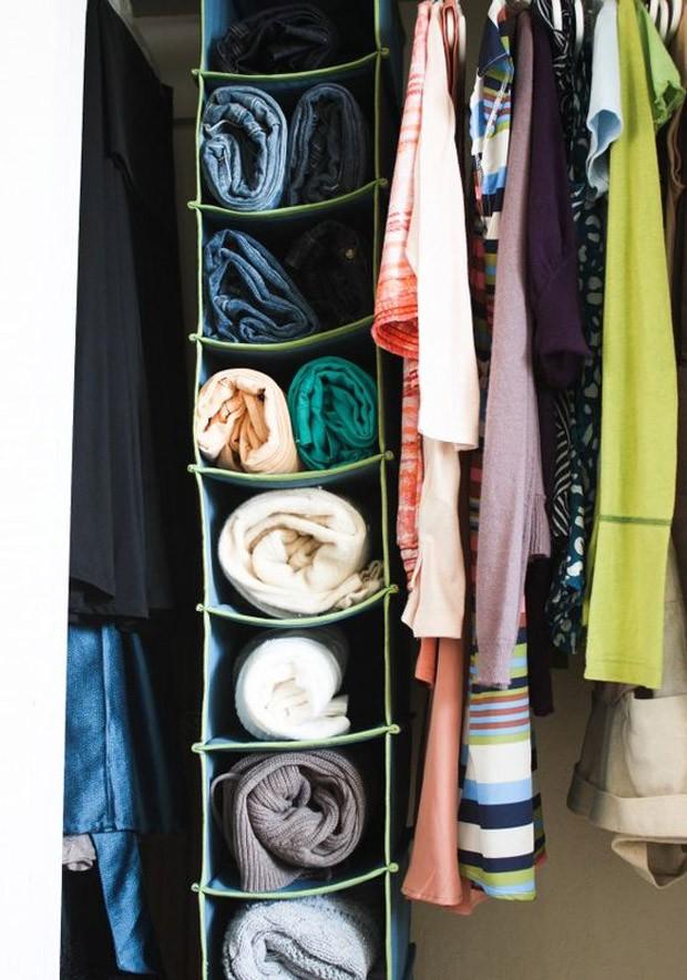 Organizador de pano de sapatos para colocar suéteres e blusas (Foto: Pinterest/Reprodução)