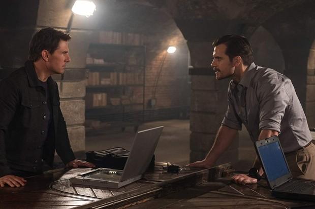 """Tom Cruise e Henry Cavill em """"Missão Impossível: Fall Out"""" (Foto: divulgação)"""