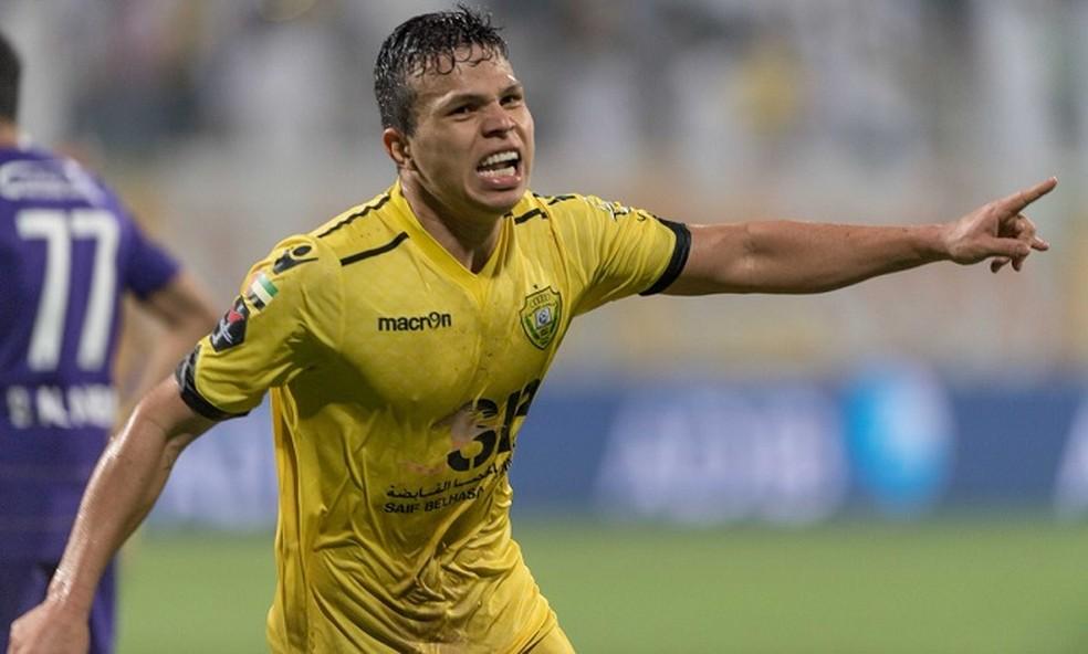 Jogador está desde 2014 no Al Wasl e pode conquistar nesta quinta-feira o primeiro título no clube (Foto: Twitter / @AlWaslSC)