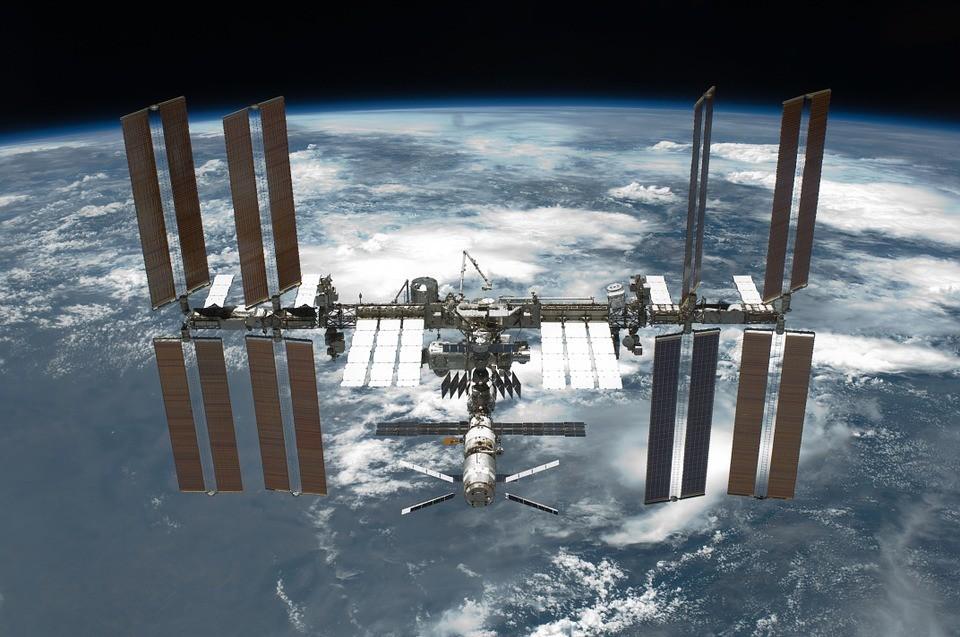Despressurização é uma das piores situações que pode acontecer na Estação Espacial Internacional (EEI) (Foto: Pixabay/Wikilmages/Creative Commons)