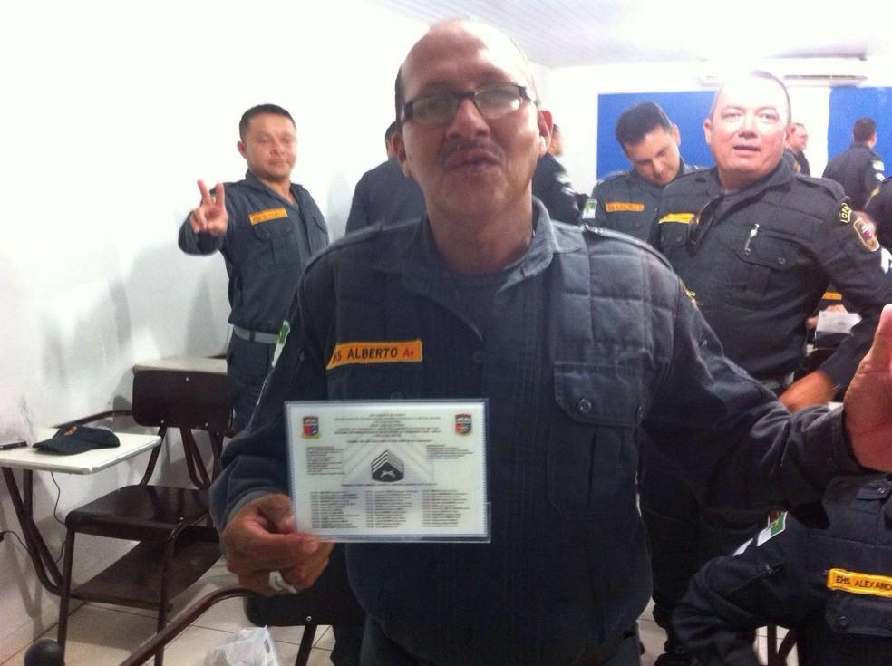 Cabo da PM foi morto neste domingo (7) quando voltava para casa  (Foto: Divulgação/PM)