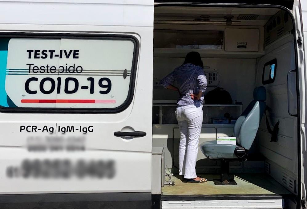 Vigilância Sanitária flagra exames irregulares de Covid-19 e apreende testes rápidos no DF