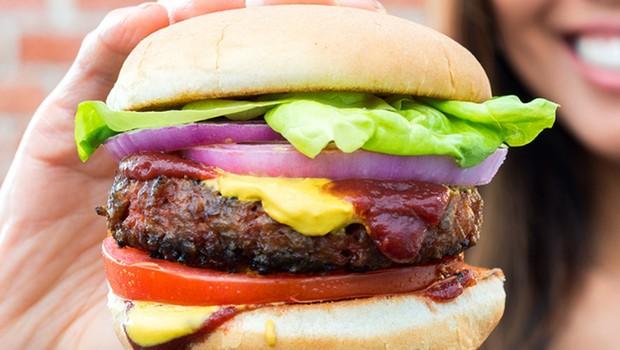 Hambúrguer vegetariano da Beyond Meats (Foto: Reprodução/Facebook)