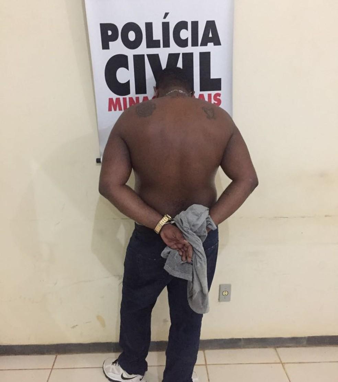 Traficante foi preso durante a Operação Crepitação (Foto: Polícia Civil/ Divulgação)