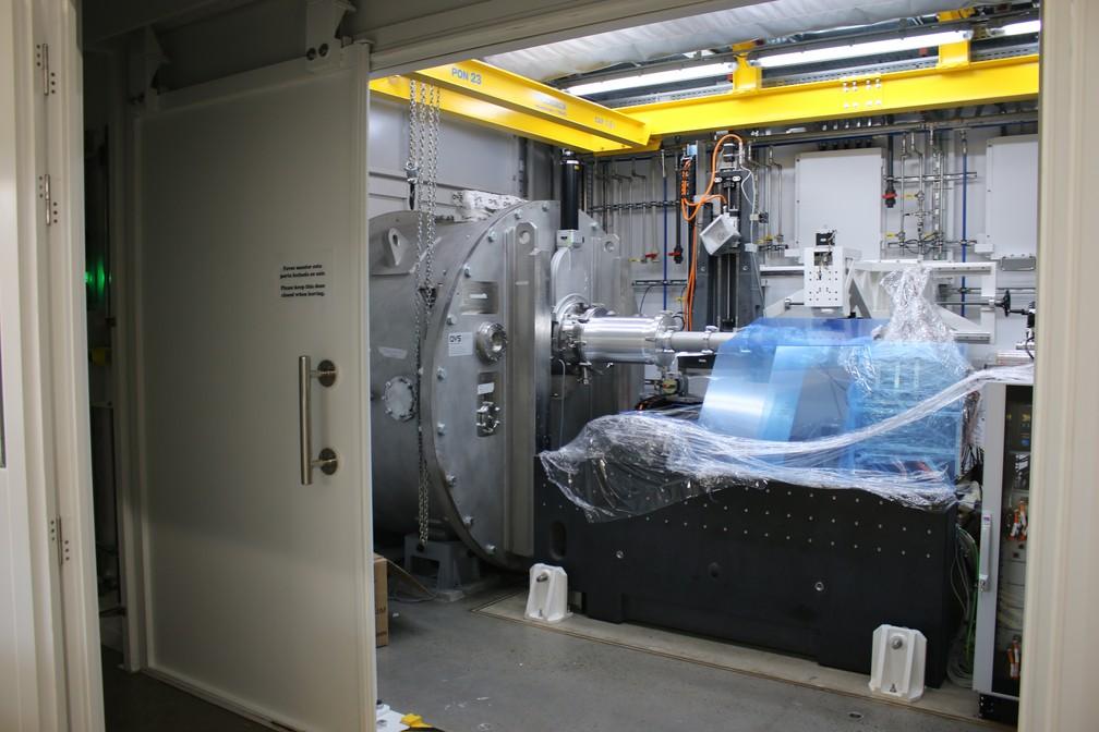Montagem da linha de pesquisa Cateretê, do Sirius, superlaboratório instalado no CNPEM, em Campinas (SP) — Foto: Cristiane Duarte/CNPEM
