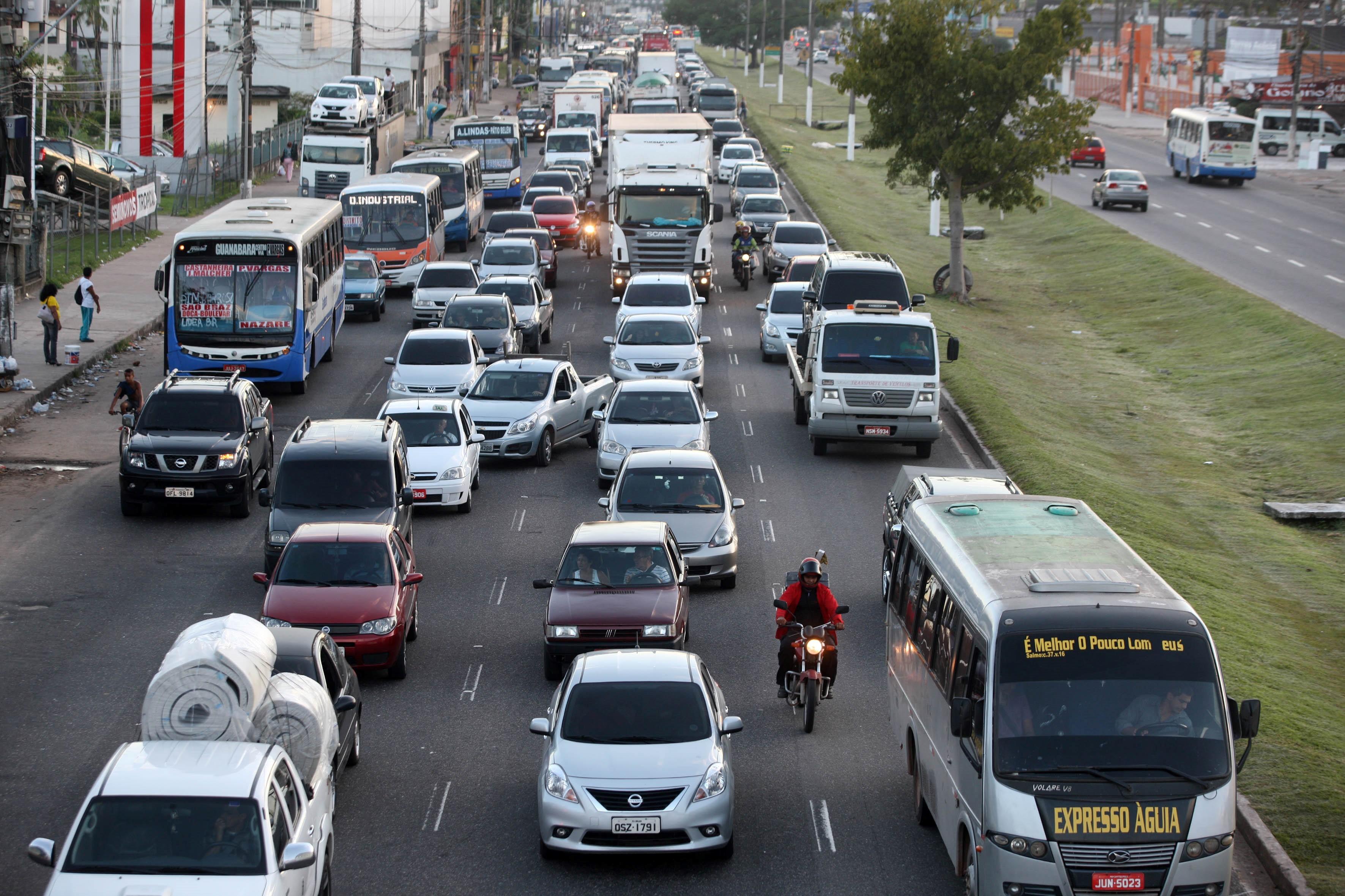 Descontos de IPVA para veículos com finais de placa 40 a 60 terminam nesta segunda-feira - Notícias - Plantão Diário