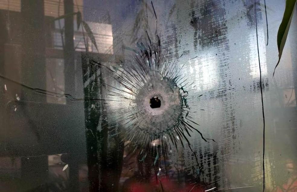 Tiros e explosões assustaram moradores em São Carlos — Foto: A Cidade ON/São Carlos