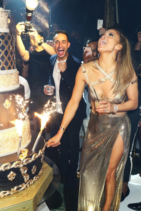 Miami, FL - Jennifer Lopez pictured at the Jennifer Lopez 50th Birthday Celebration at the Gloria Estefan Estate on Star Island in Miami. Pictured: Jennifer Lopez BACKGRID USA 25 JULY 2019 BYLINE MUST READ: MediaPunch / BACKGRID USA: +1 310 (Foto: MediaPunch / BACKGRID)