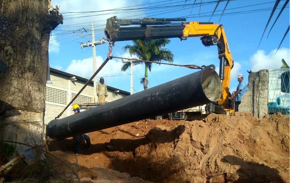 Tubos do Sistema Pirapama foram alvo de investigação  — Foto: Compesa/Divulgação