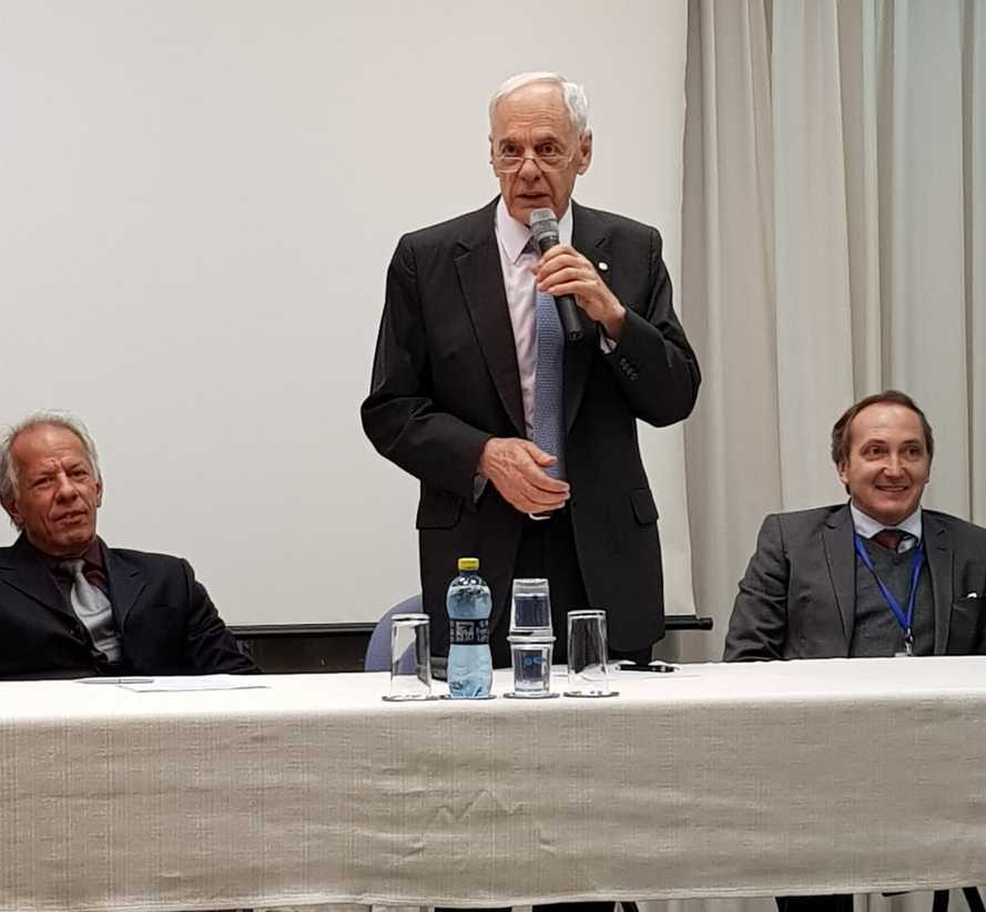 Deputados aprovam Reinhold Stephanes para cargo de diretor-presidente da Agepar