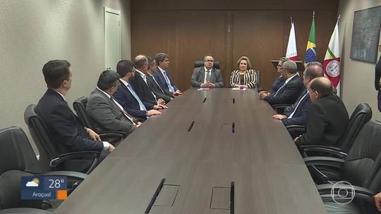 Prefeituras assinam acordo em Belo Horizonte para receber dívidas do governo de MG