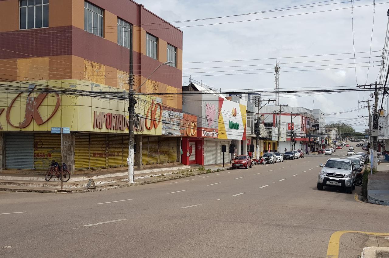 AP prorroga medidas restritivas e estende funcionamento de supermercados; veja horários
