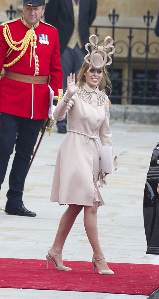 Princess Beatrice Leaves Westminster Abbey After The Wedding Of Prince William And Catherine Middleton, At Westminster Abbey, London. (Photo by Antony Jones/Julian Parker/Mark Cuthbert/UK Press via Getty Images) (Foto: UK Press via Getty Images)