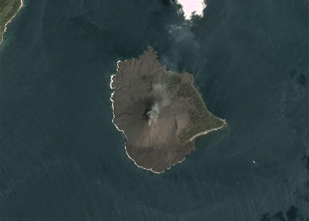 krakatoa - Tsunami na Indonésia: imagens de satélite mostram o que restou de vulcão que causou tragédia