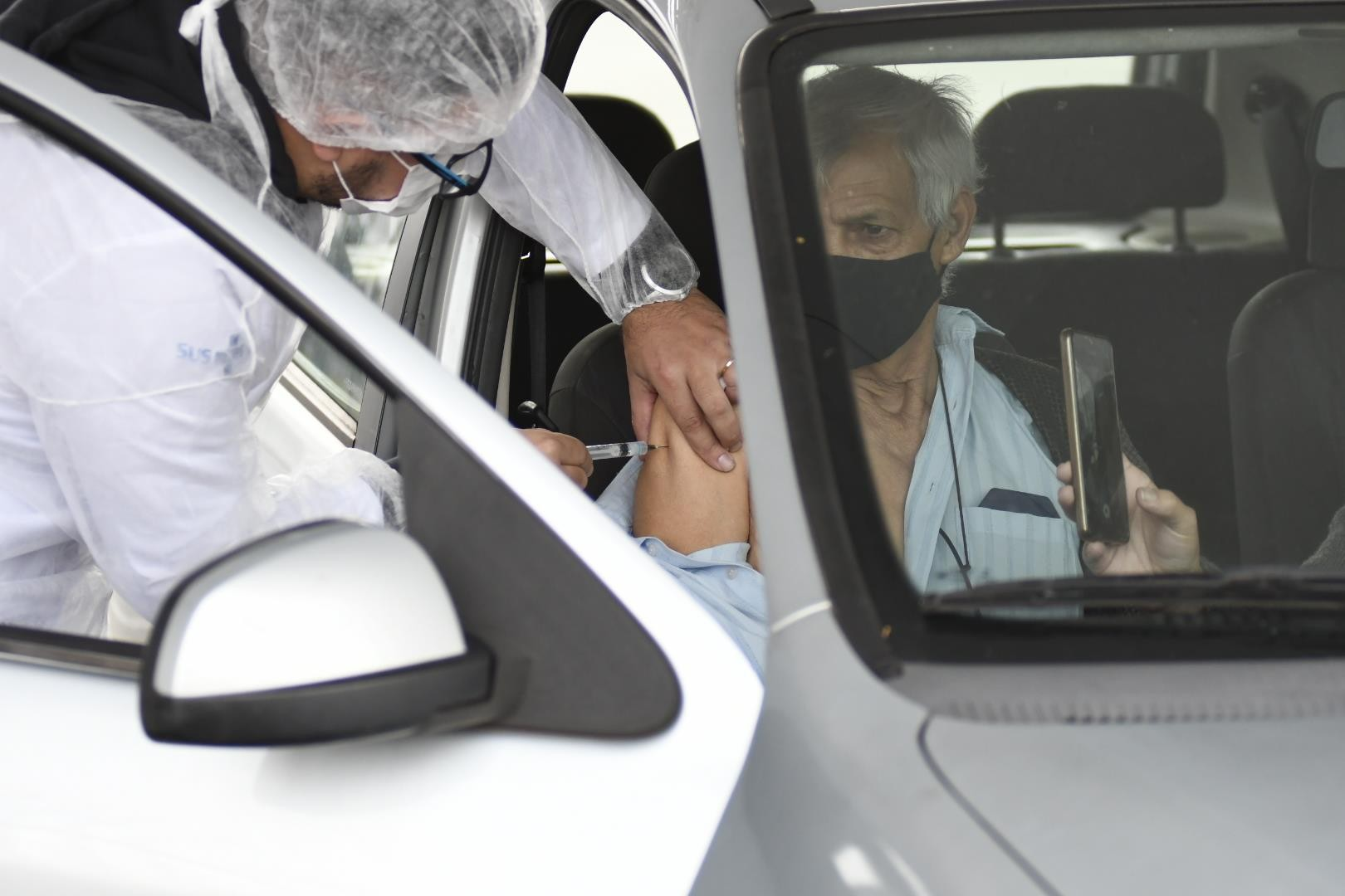 SP começa a vacinar idosos de 64 anos nesta sexta-feira