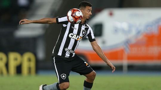 1a8895d95326c Com 119 jogos pelo Botafogo e em sua quarta temporada no clube