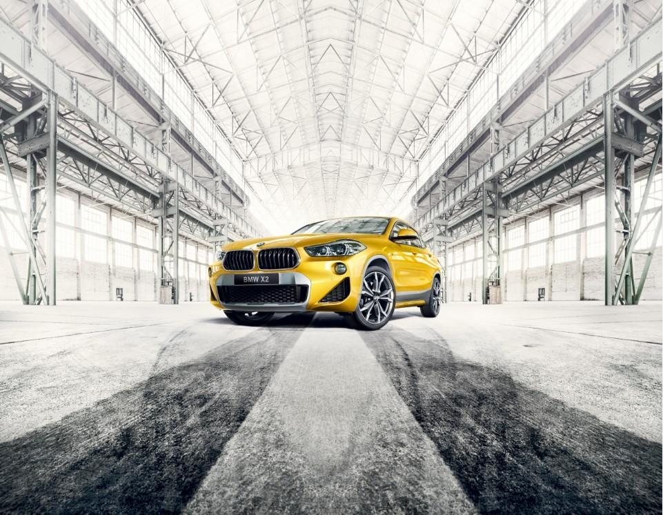 As linhas arrojadas do novo BMW X2, versão M Sport X, combinam elegância e sofisticação  (Foto: Divulgação)