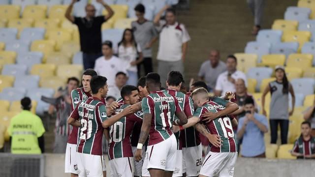 Tricolores comemoram gol contra o Peñarol
