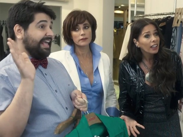 Igor (Leo Bahia), Carmen (Christiane Torloni) e Zelda (Adriane Galisteu) (Foto: Reprodução/TV Globo)