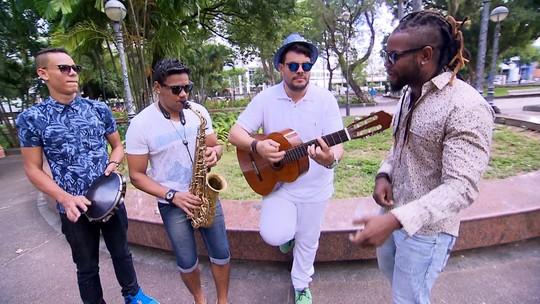 Alessandro Timbó conhece a banda Samba Jam