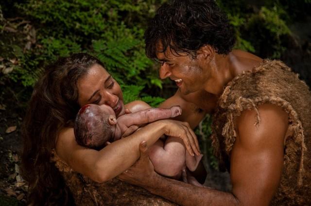 Carlo Porto e Juliana Boller em 'Gênesis' (Foto: Record TV)
