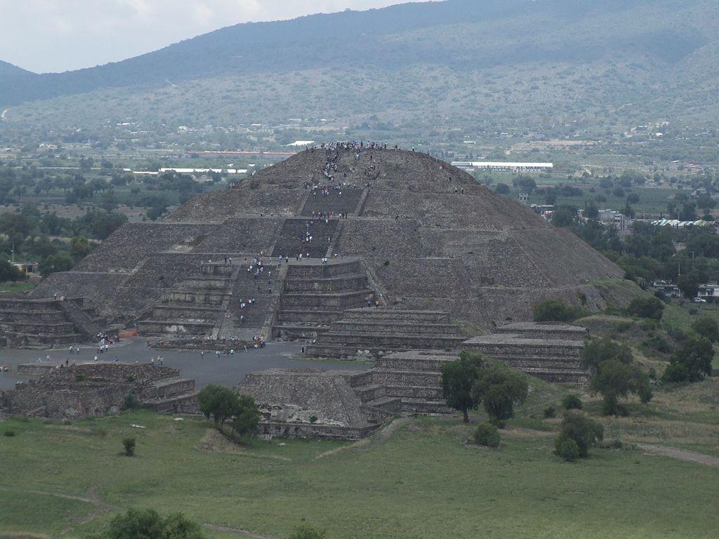 Pirâmide da Lua abriga segredos que ainda não foram totalmente desvendados (Foto: Wikkimedia / Andrew McMillan)