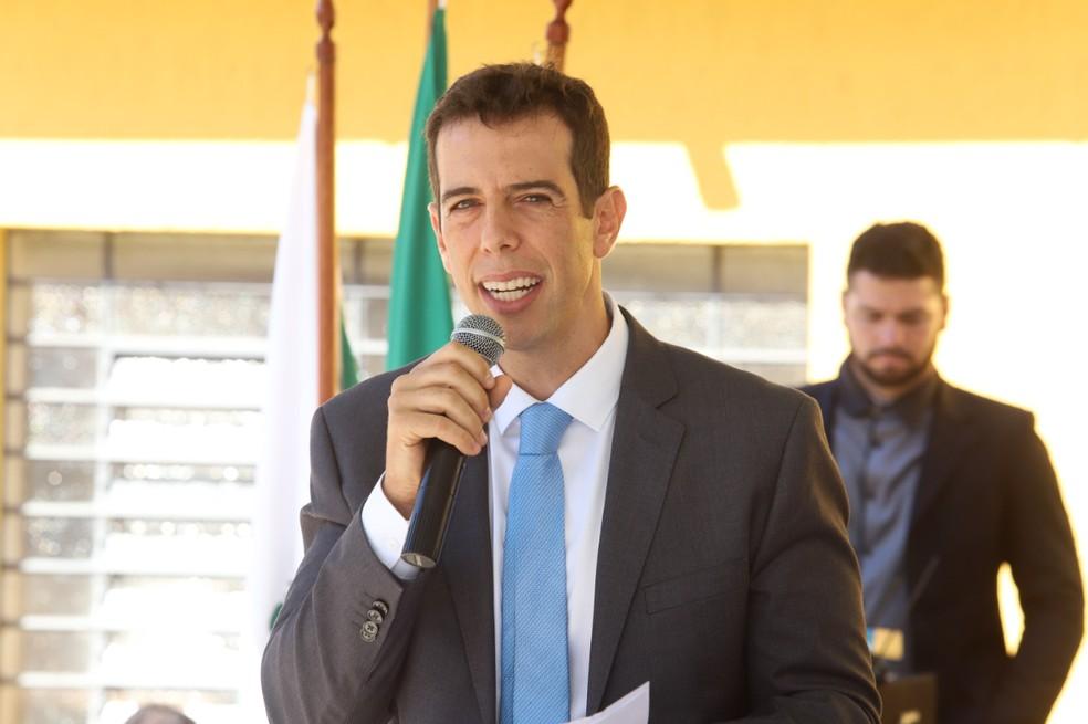 Renato Feder, secretário da Educação e do Esporte do Paraná, cotado para assumir o MEC — Foto: Divulgação/Secretaria da Educação e do Esporte do Paraná