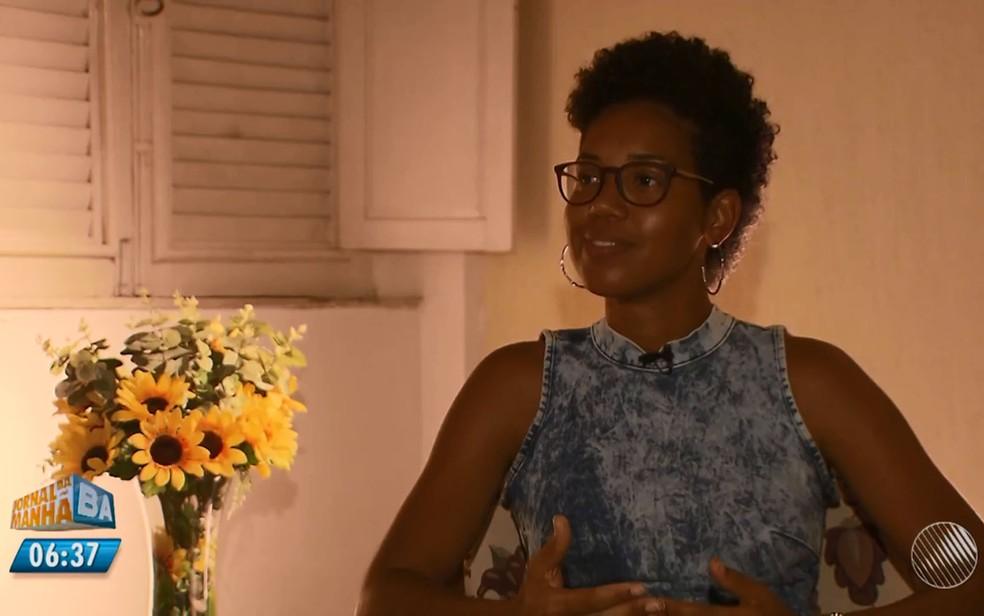 Jovem de 31 anos contou história de superação de câncer em livro (Foto: Reprodução/ TV Bahia)