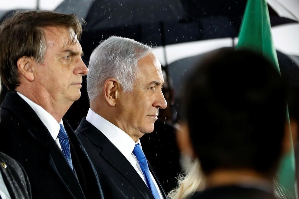 O presidente Jair Bolsonaro e o primeiro-ministro israelense, Benjamin Netanyahu, durante 1º dia da visita do chefe de Estado brasileiro a Israel — Foto: Ronen Zvulun/Reuters