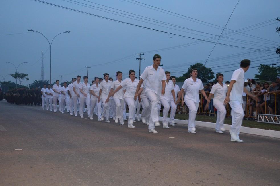 Desfile militar pelo 7 de Setembro em Porto Velho (Foto: Toni Francis/G1)