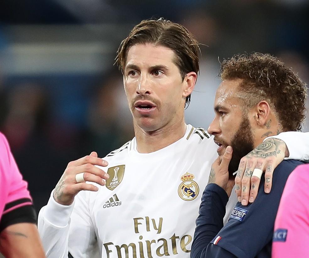 Sergio Ramos e Neymar, após a partida entre Real Madrid e PSG pela Liga dos Campeões, em 2019 — Foto: Raddad Jebarah/Getty Images