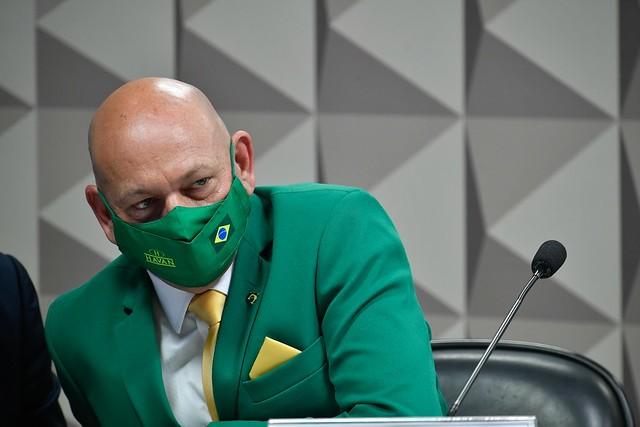 CPI da Covid pede indiciamento de Luciano Hang por incitação ao crime