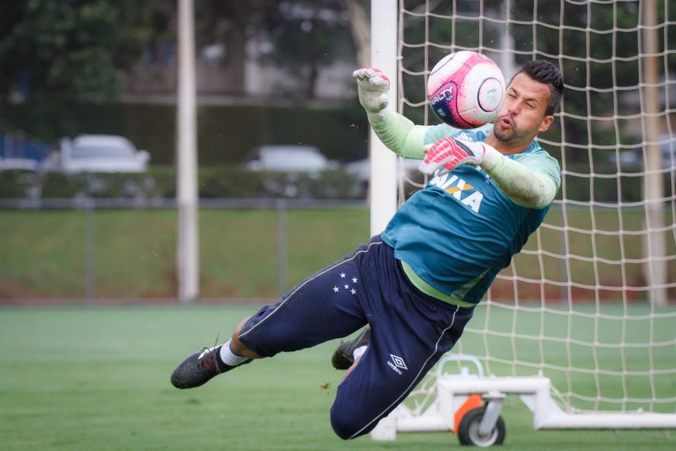 Fábio volta ao gol do Cruzeiro no clássico deste domingo, no Independência (Foto: Cruzeiro/Divulgação)