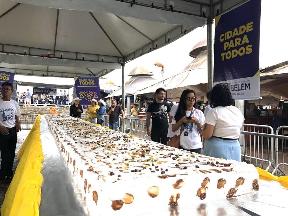 Ver-o-Peso ganha bolo de dez metros no aniversário de 392 anos.  — Foto: Divulgação/ Comus