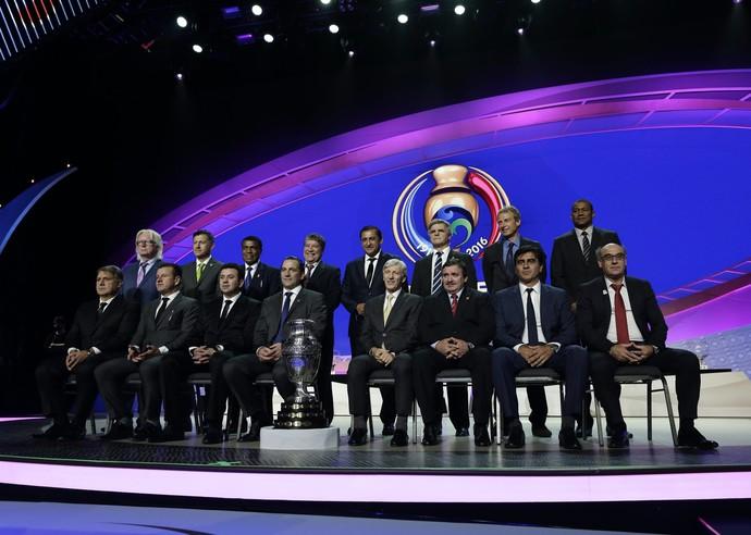 Técnicos seleções Copa América Centenário e taça (Foto:  EFE/EPA/JASON SZENES)